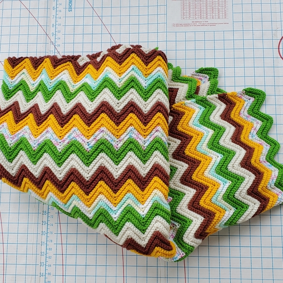 Zig Zag Chevron Striped Crochet Afghan Blanket